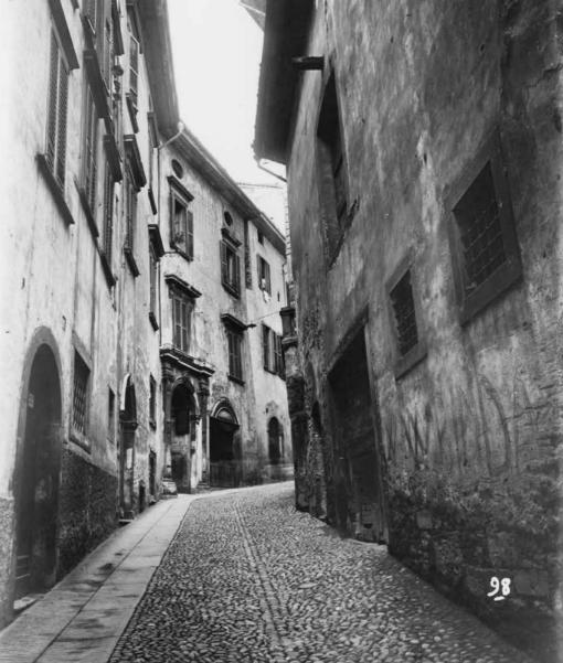 Bergamo Città Alta 1926-1938. Il Piano di Risanamento e Luigi Angelini