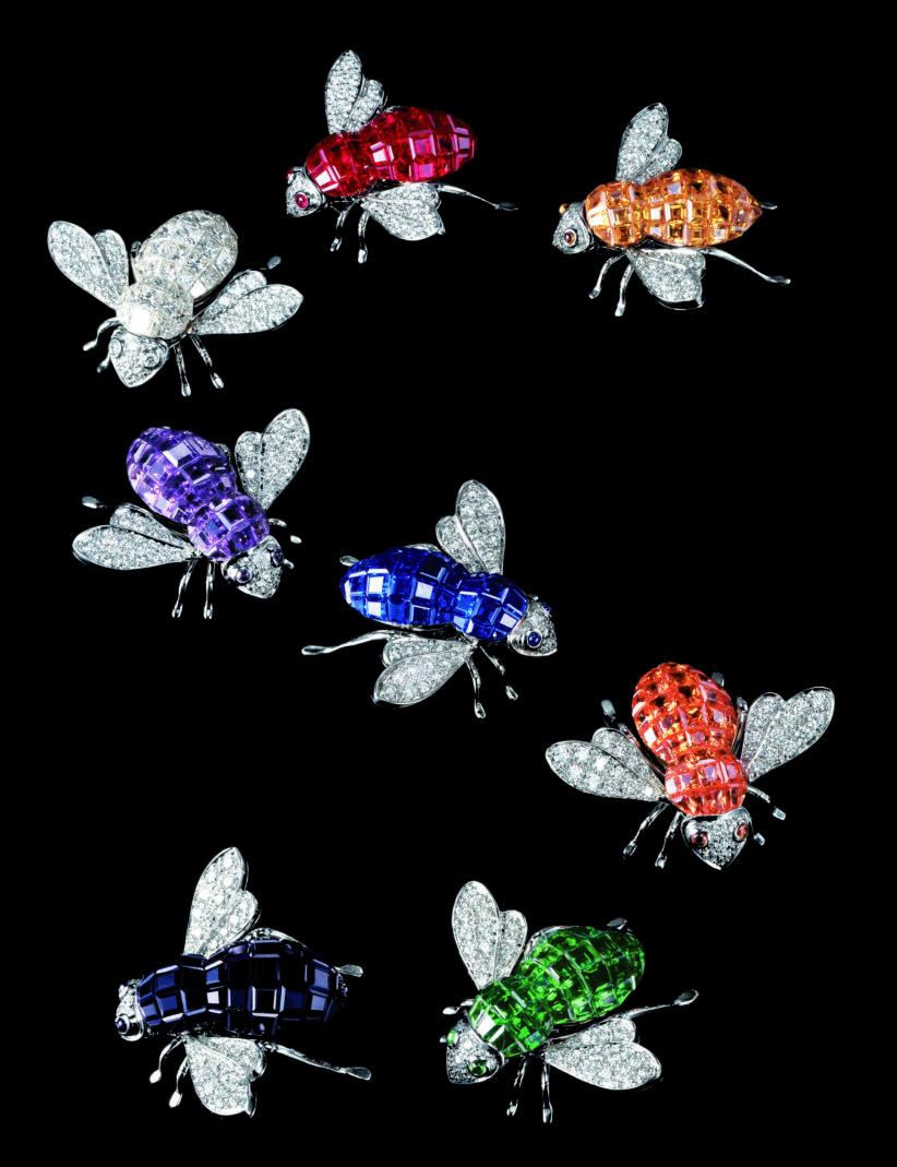 Spille api Sabbadini, dalla mostra Stile Milano. Storie di eleganza