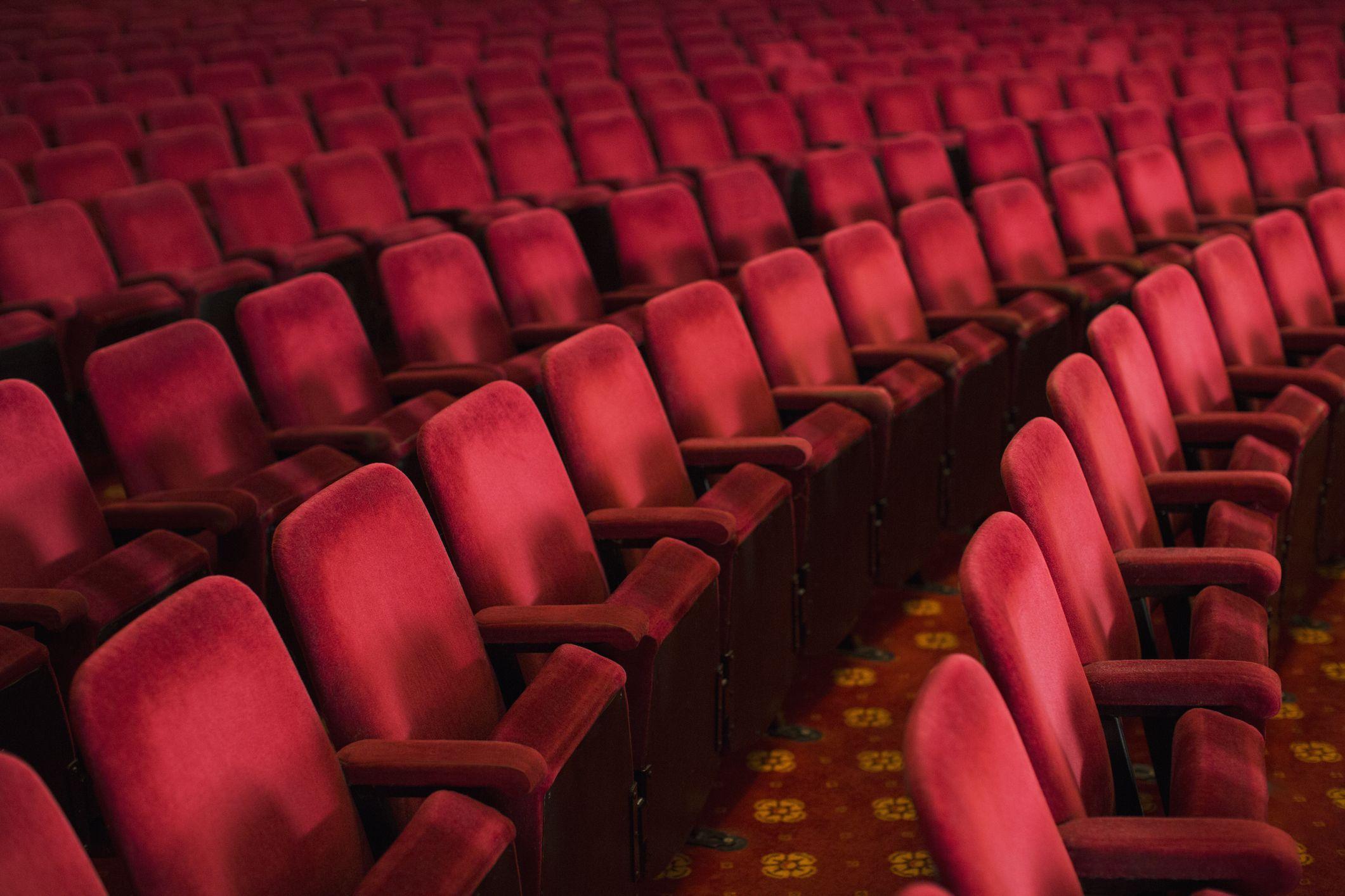 Cinema chiusi causa Coronavirus. Slittate diverse uscite cinematografiche