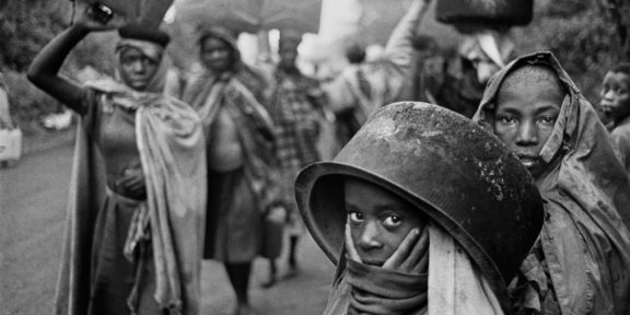 Sebastião Salgado Water supplies are often far away from the r efugee camps. Goma, Zaire. 1994. © Sebastião Salgado / Amazonas Images / Contrast