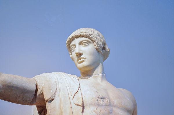 Apollo dal Timpano ovest del tempio di Zeus a Olympia, Museo Archeologico di Olympia, Olympia