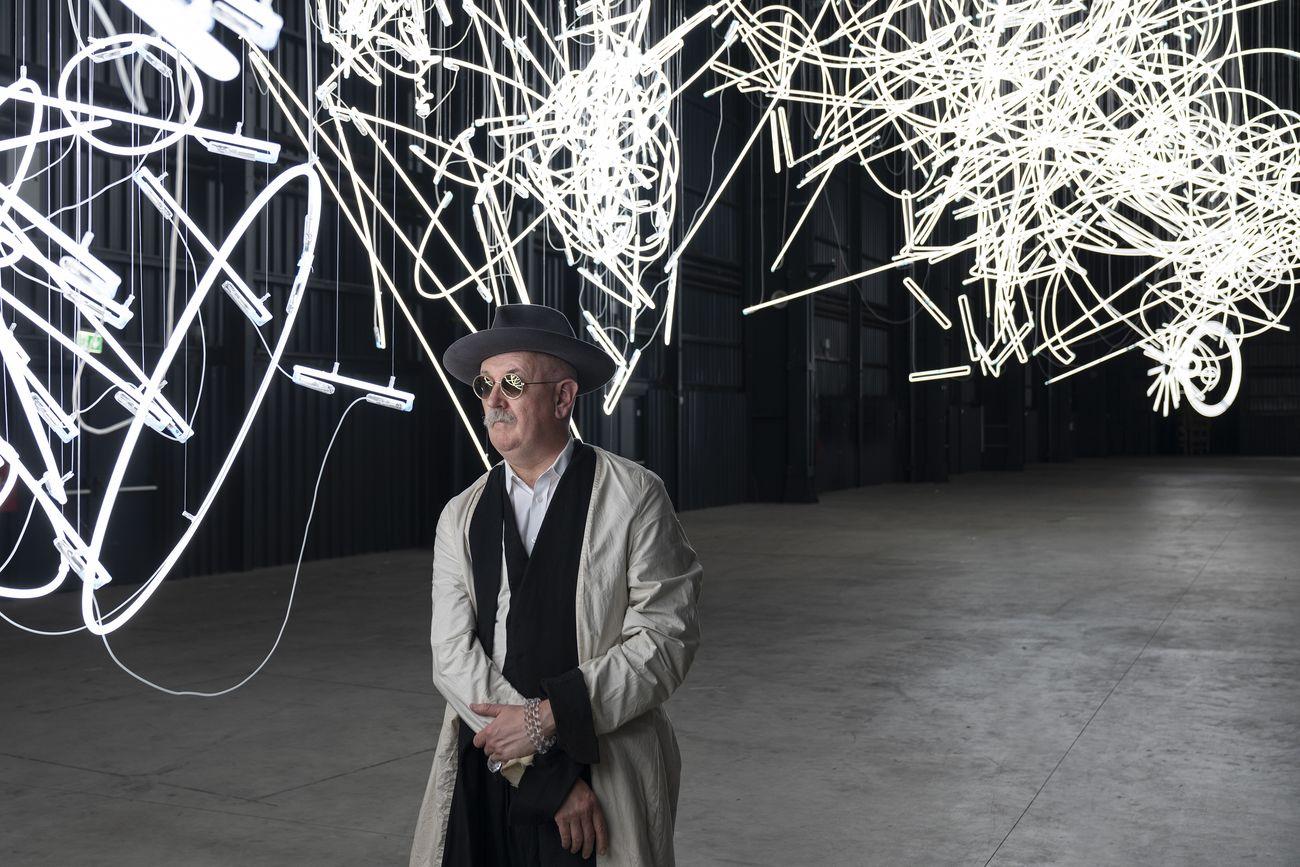 The Illuminating Gas. Il backstage della mostra di Cerith Wyn Evans alla Pirelli HangarBicocca