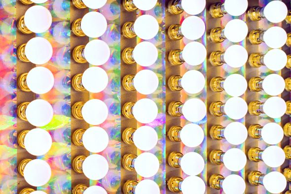 Light_Sign Rainbow, cassa di metallo, 99 lampadine, pittura spray, materiale iridescente, 120x50x15 cm. Dettaglio, Premio Cairo 14, Museo della Permanete, Milano, 2014, Courtesy dell'artista e Marina Bastianello Gallery