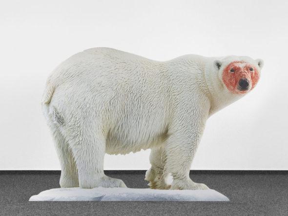 Katja Novitskova, Approximation (polar bear)