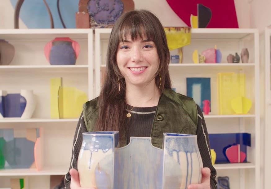 Due identità culturali in un vaso di ceramica. Visita allo studio di Jenny Hata Blumenfield