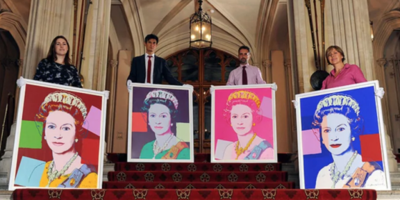 La Regina Elisabetta by Andy Warhol entra nella Royal Collection (foto cbc.ca)