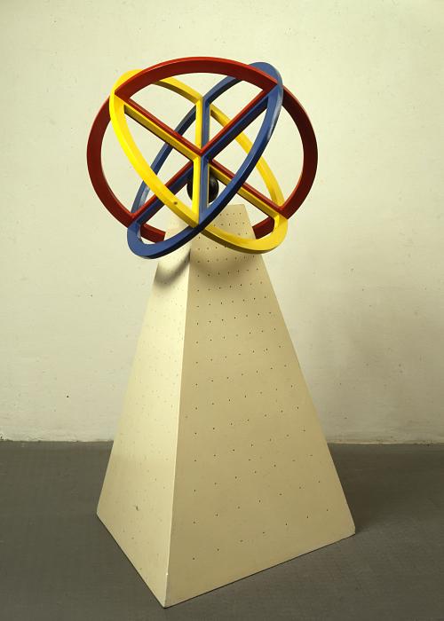 Lucio Del Pezzo, Leonardo, 1969, tecnica mista su legno, 140 x 65 x 65 cm, collezione privata, Courtesy Fondazione Marconi, Milano