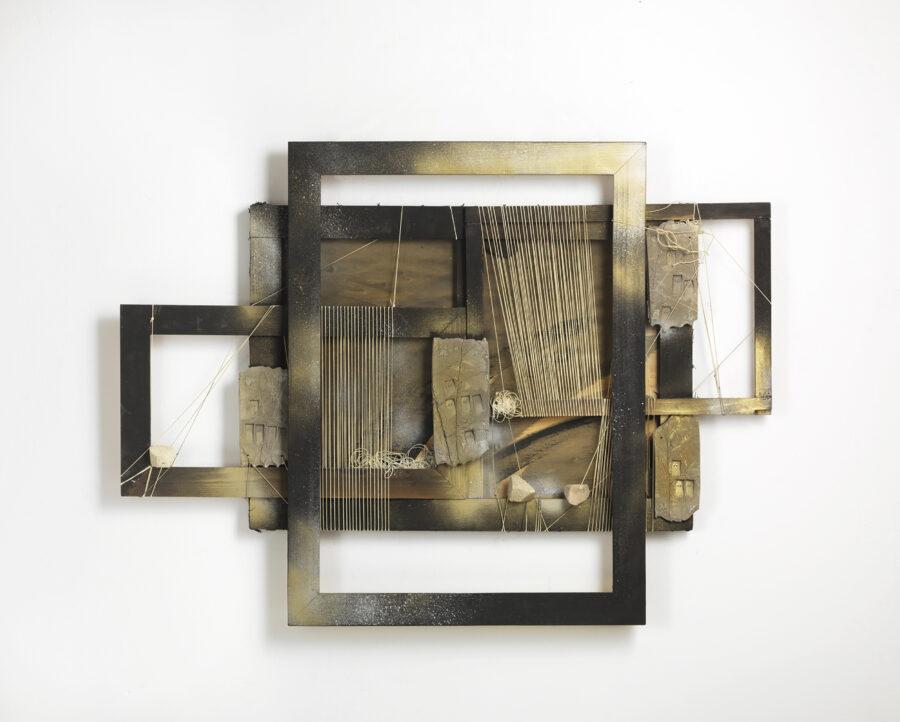 Maria Lai - Telaio (1998) tecnica mista, legno, spago, terracotta, cm 107x79x15