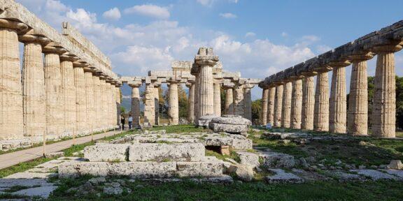 Tempio di Hera interno Parco Archeologico di Paestum