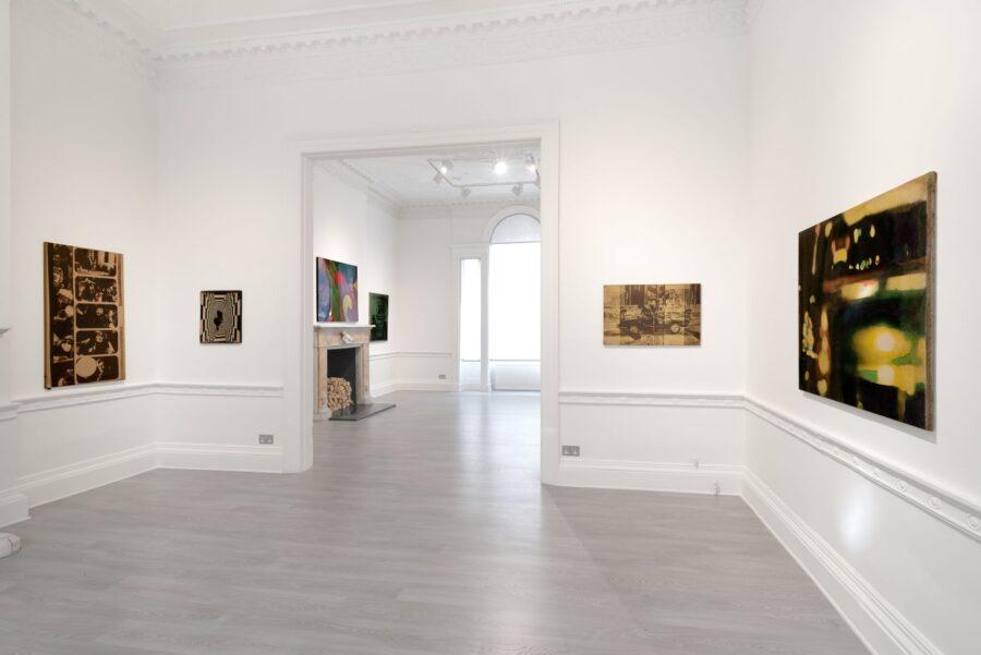 Mimmo Rotella Marzo – luglio 2020 Installation view Cardi Gallery London Ph Eric Mouroux for Kitsch Studio