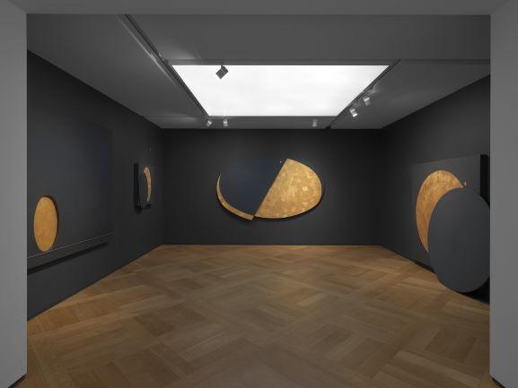 Installation view della mostra, Gianfranco Zappettini: The Golden Age, Mazzoleni, London, 2020 © Todd-White Art Photography, London