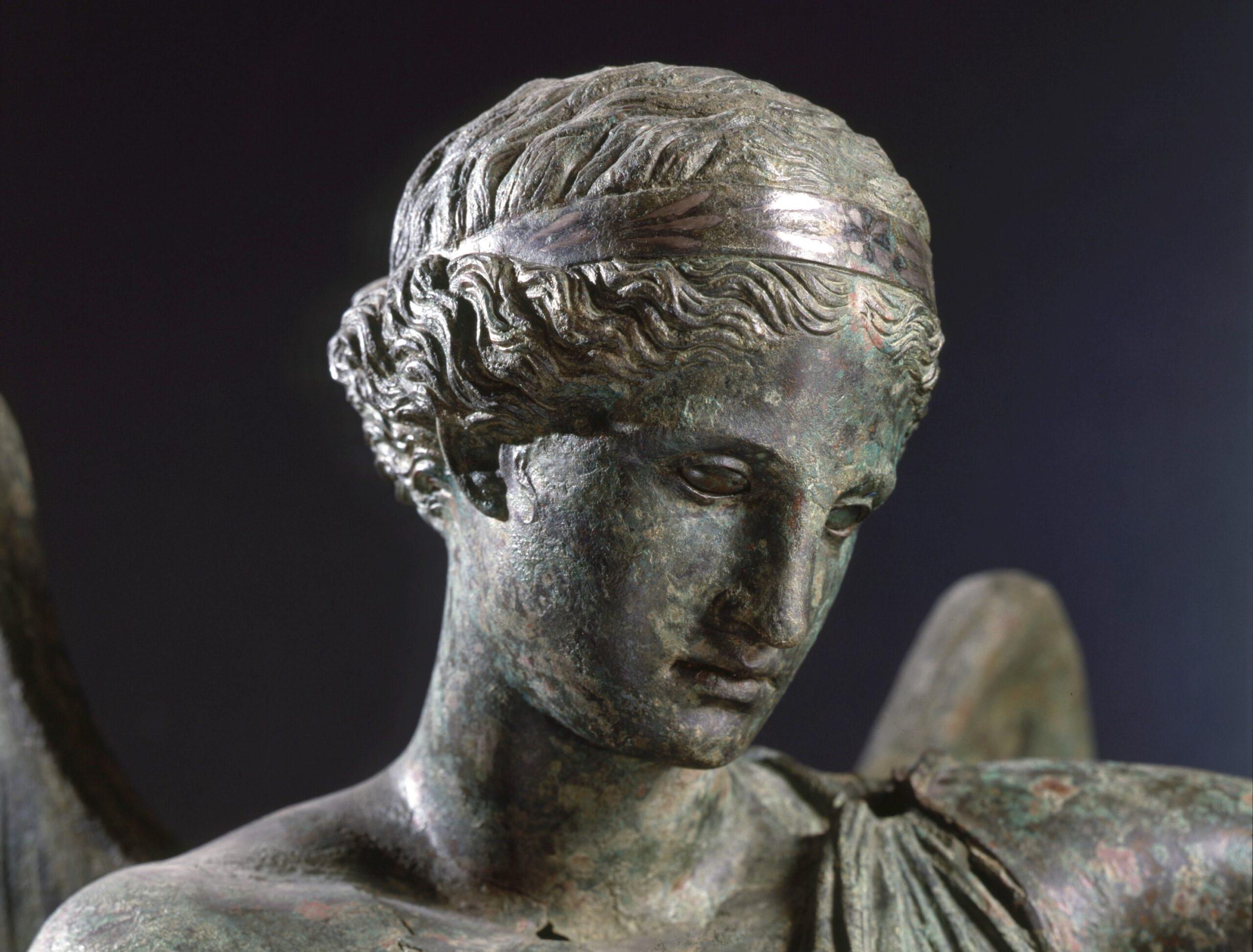 Sulle ali della Vittoria. La rinascita di Brescia attraverso la cultura. Intervista a Stefano Karadjov