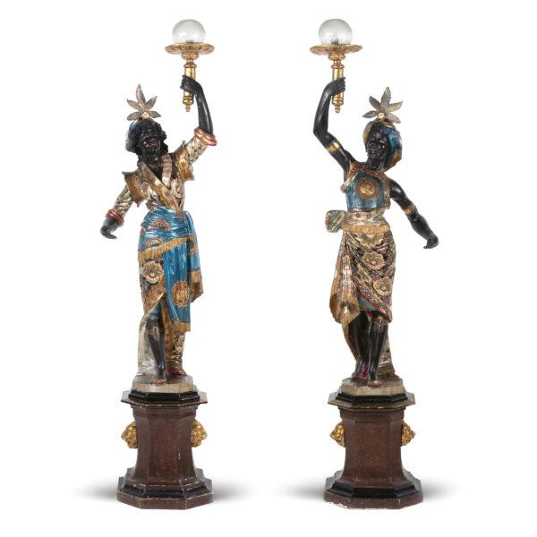 Lotto 255 - Importante coppia di sculture raffigurante mori VENEZIA, XVIII SEC. Stima 10.000,00 / 15.000,00 euro