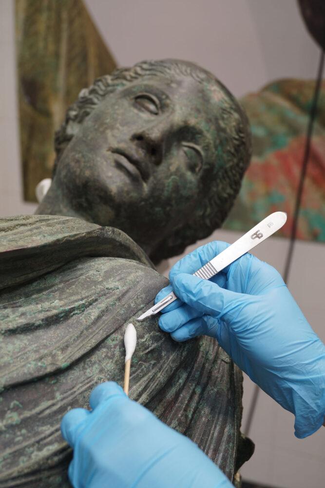 Vittoria Alata, restauro all'Opificio delle Pietre Dure