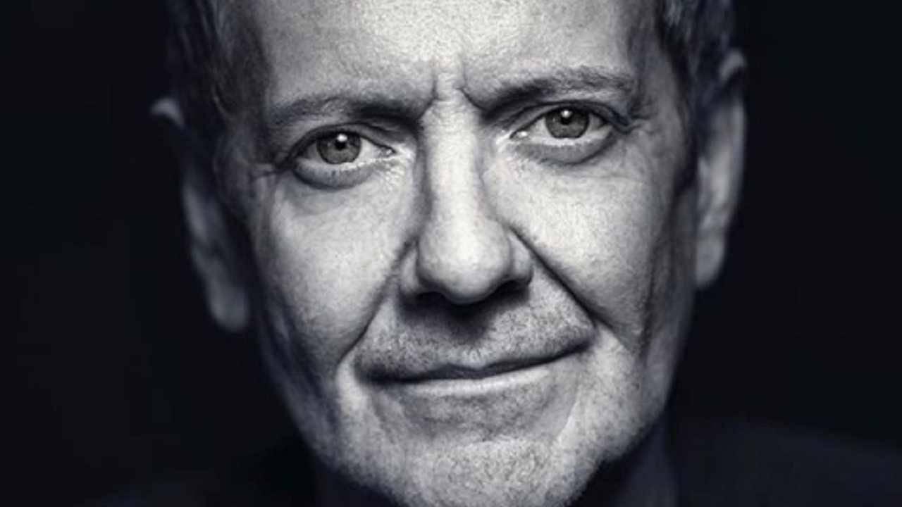 Addio a John Peter Sloan. Un video-omaggio ricorda l'insegnante di inglese più amato in Italia