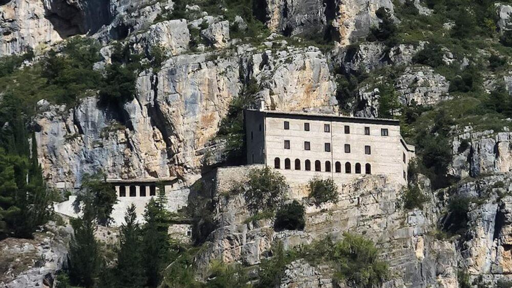 L'Eremo di Sant'Onofrio al Morrone, Sulmona, L'Aquila