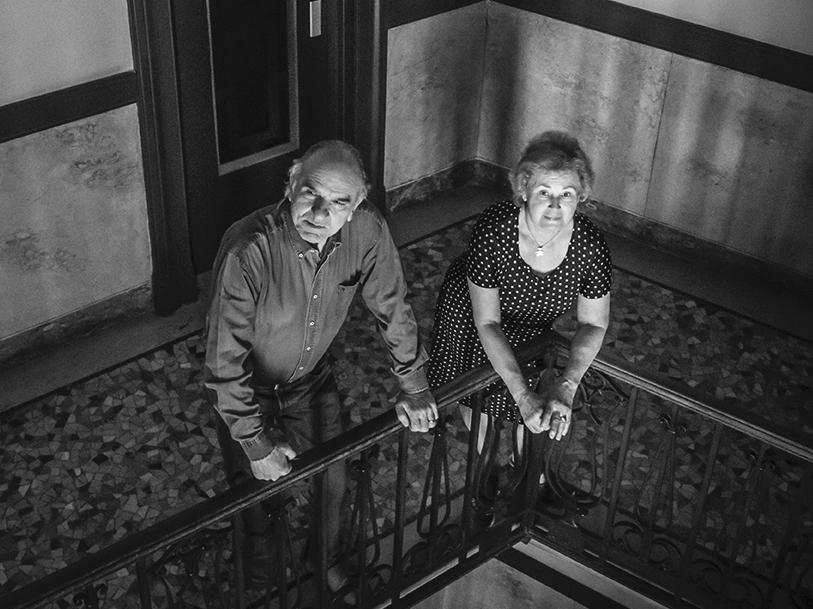 My neighbors. Intervista a Donata Zanotti, che durante il lockdown ha fotografato (e conosciuto) i suoi condòmini