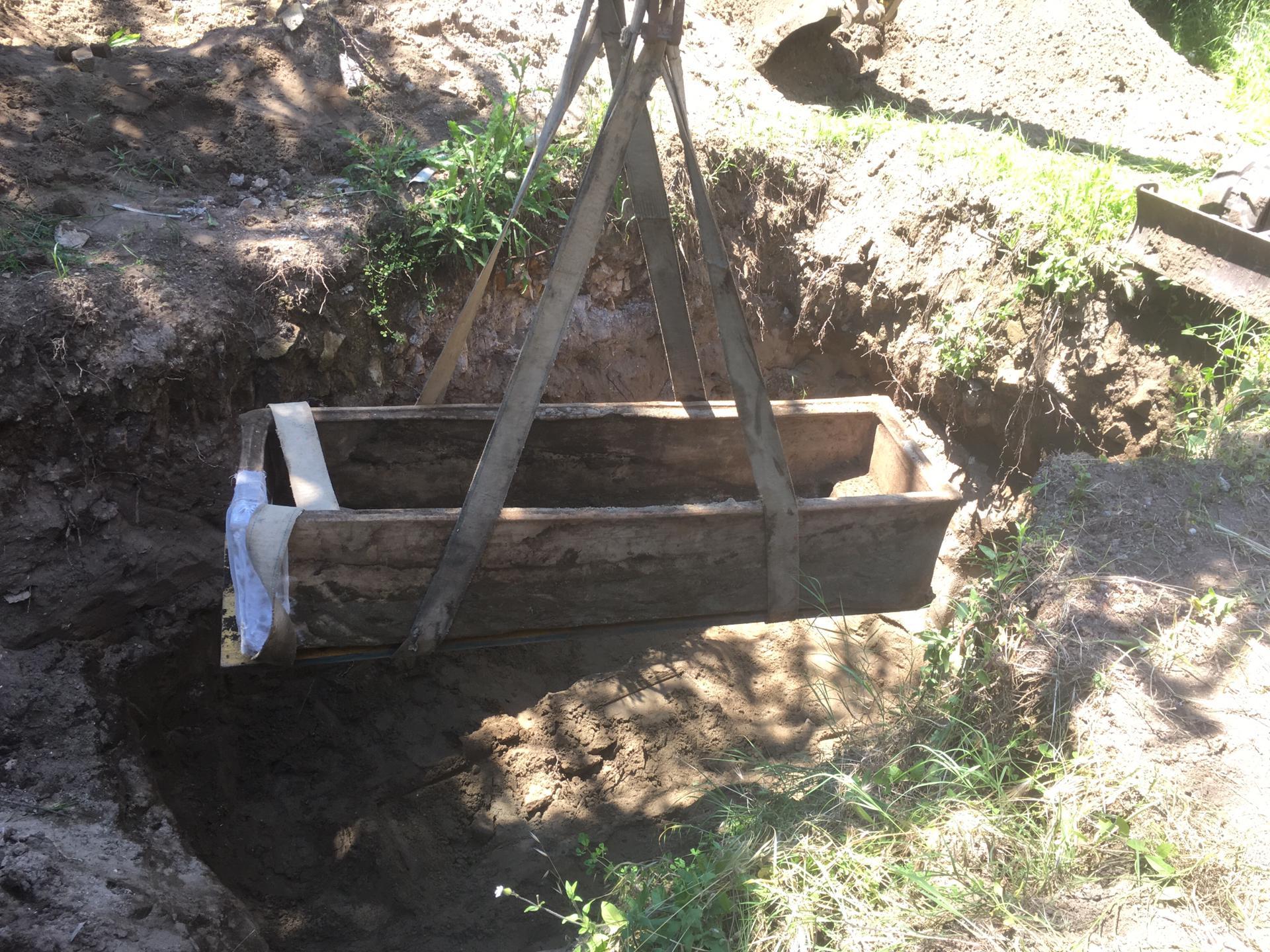 Il sarcofago di Ostia. In un video l'incredibile scoperta, tra unguenti e ornamenti