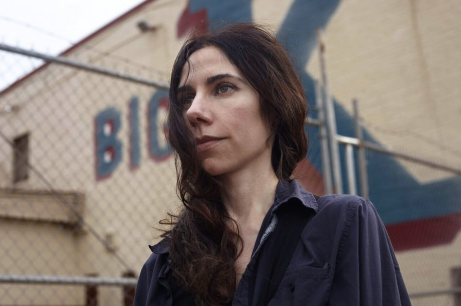 Nasce la sala virtuale di Wanted Cinema. Inaugura il documentario su PJ Harvey