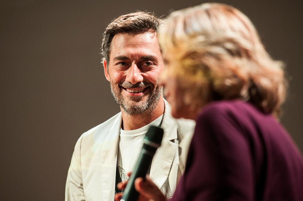 #CasaParenti, da Filippo Timi a Gioele Dix, tutte le iniziative online