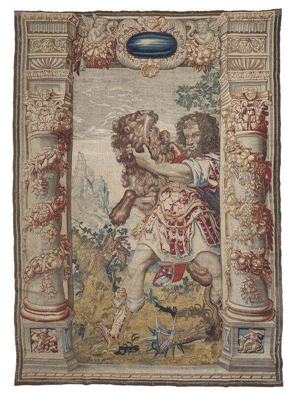 Lotto 170 - Straordinario arazzo fiammingo di Guillame De Pot, manifattura di Bruxelles inizio XVII secolo, raffigurante Ercole e Nemeo. Stima 15.000-20.000 euro