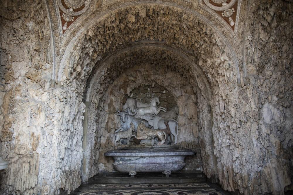 Giardino della Villa di Castello - Grotta degli animali