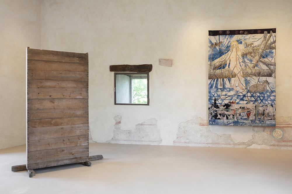 Utopie fantastiche - Vista della mostra, Rocca di Angera 2020. Per gentile concessione: gli artisti e GALLERIA CONTINUA. Foto Andrea Rossetti