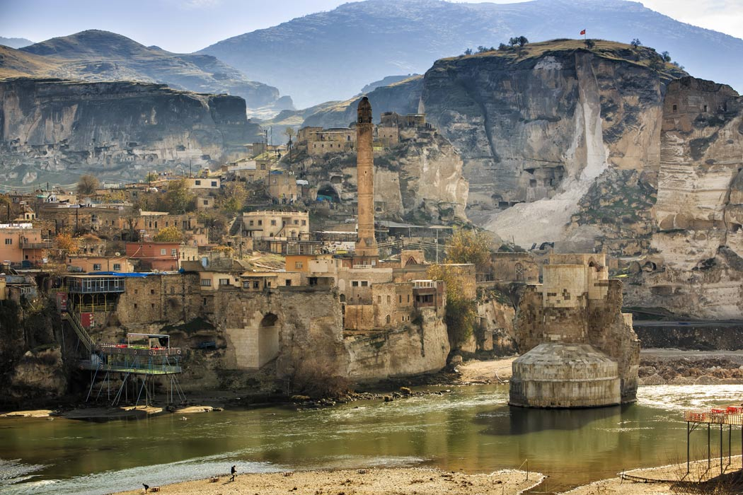 Hasankeyf, la città millenaria sommersa dalle acque. Il documentario di ARTE in esclusiva