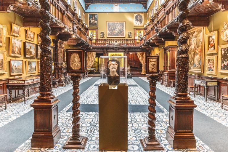 Museo Filangieri, la biblioteca, Napoli