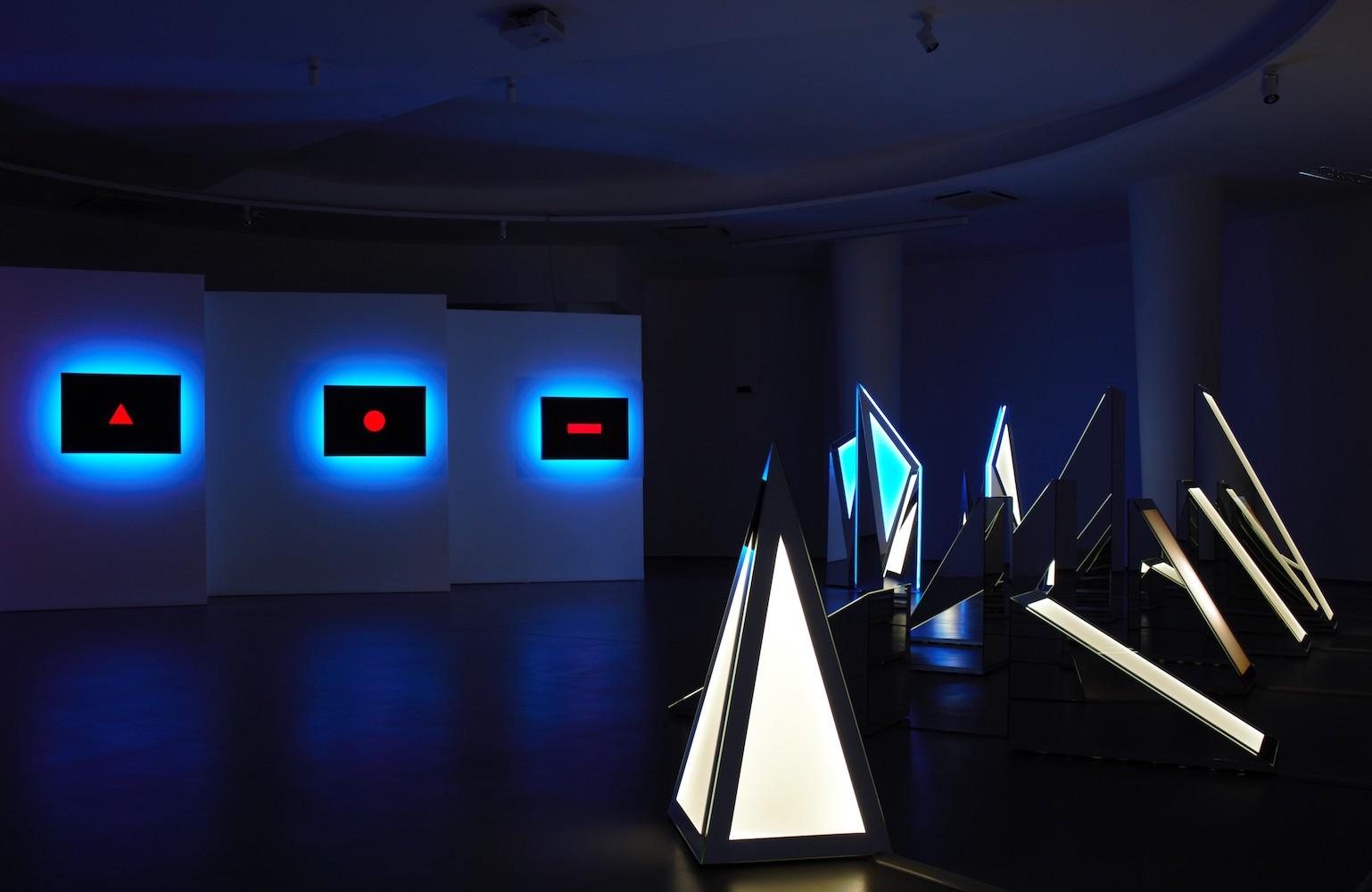 L'ultima mostra di Nanda Vigo e la cultura post-Covid in Save the Date su Rai5