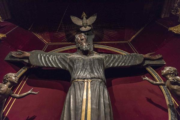 Volto Santo di Lucca, VIII-IX sec. d.C, Cattedrale di Lucca, courtesy foto Lucio Ghilardi