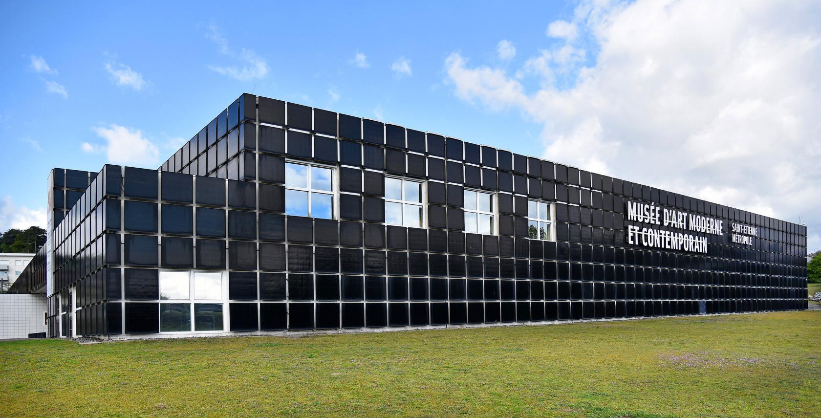 L'estate dell'arte in Francia: il MAMC di Saint-Étienne riparte con un omaggio a Robert Morris