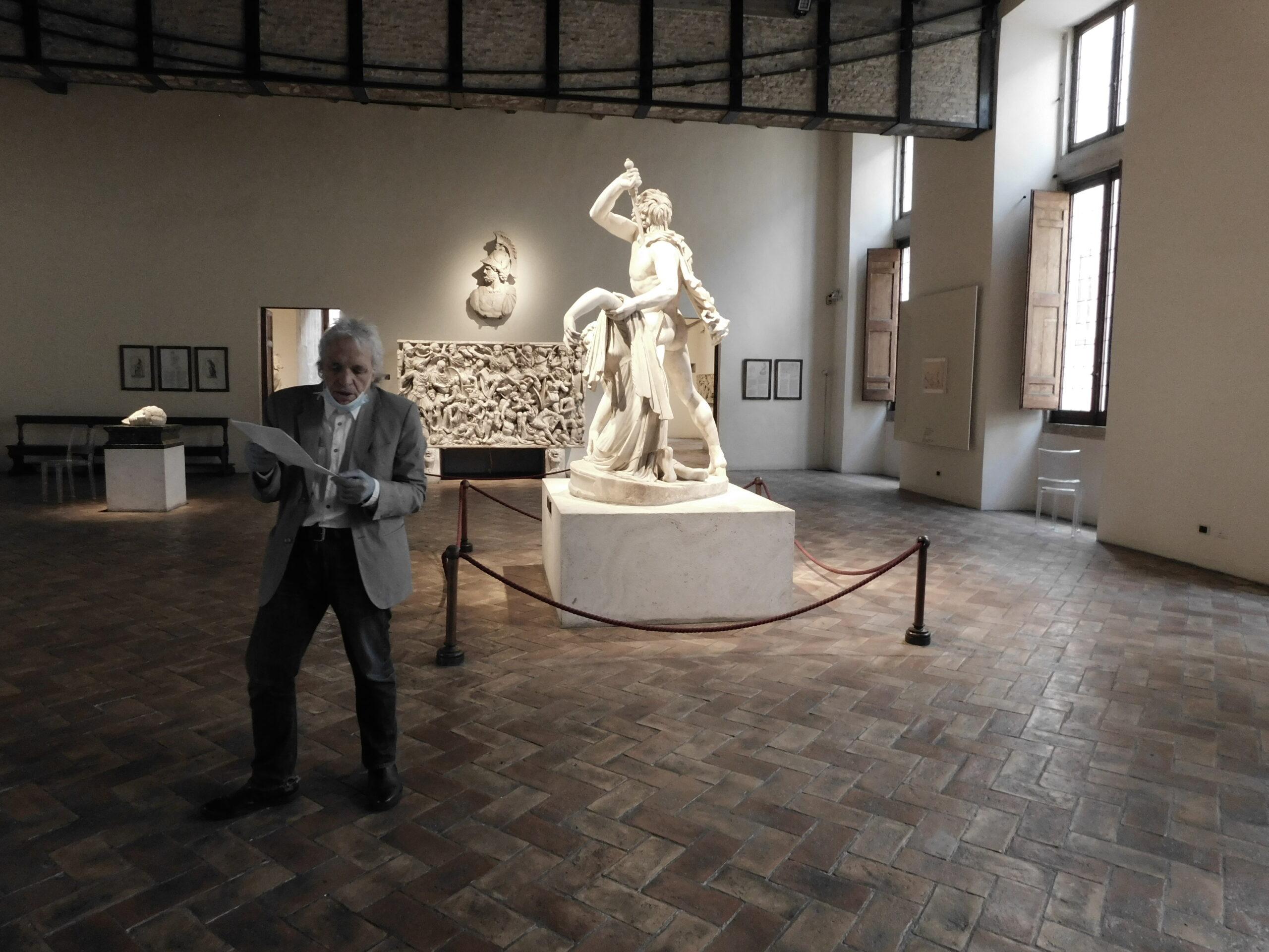 Abel Ferrara interpreta il Galata Suicida. A Roma l'intensa performance dai versi di Gabriele Tinti
