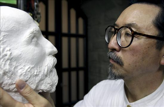 Lo scultore giapponese che dedica la propria vita alla Sagrada Família