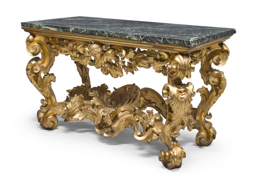 Lotto 51 - Console in legno dorato, Napoli periodo barocco con piano in marmo verde antico. Stima 5.000-7.000 euro