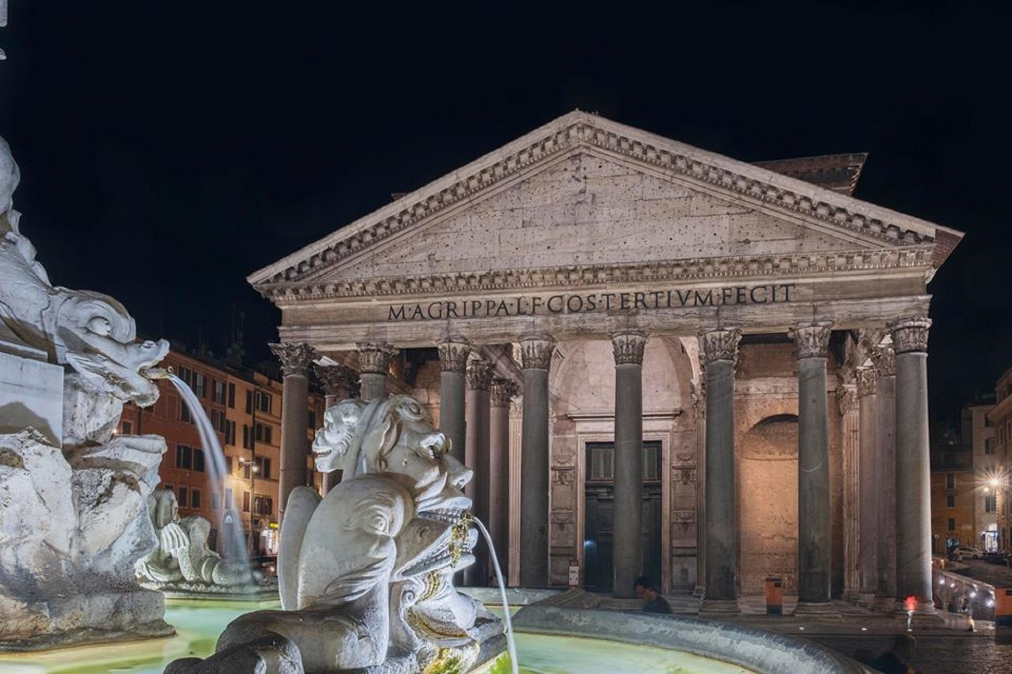 Il Pantheon splende di bellezza con la nuova illuminazione artistica (e sostenibile)