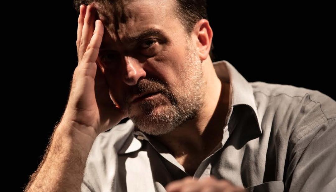 Filippo Dini in scena al Franco Parenti di Milano con Lockedi Steven Knight