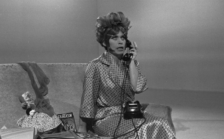 Franca Valeri: cento anni da pioniera tra teatro, cinema e TV