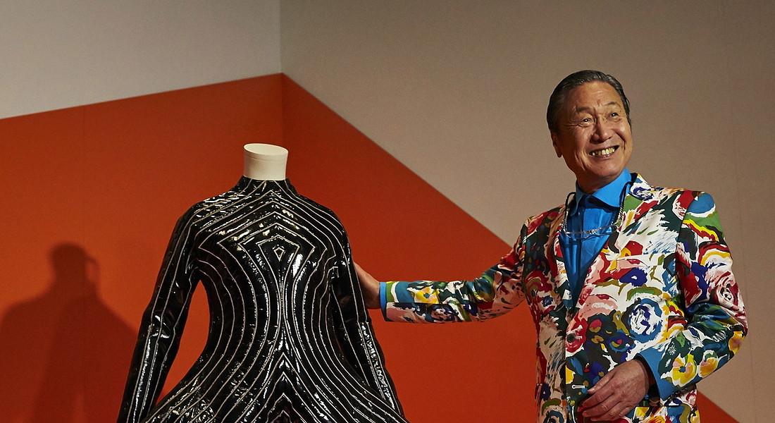 È scomparso Kansai Yamamoto, lo stilista che ha vestito David Bowie