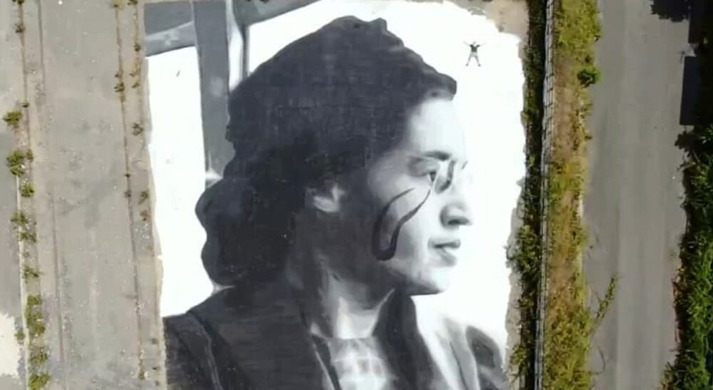 Rosa Parks in un murale di Jorit