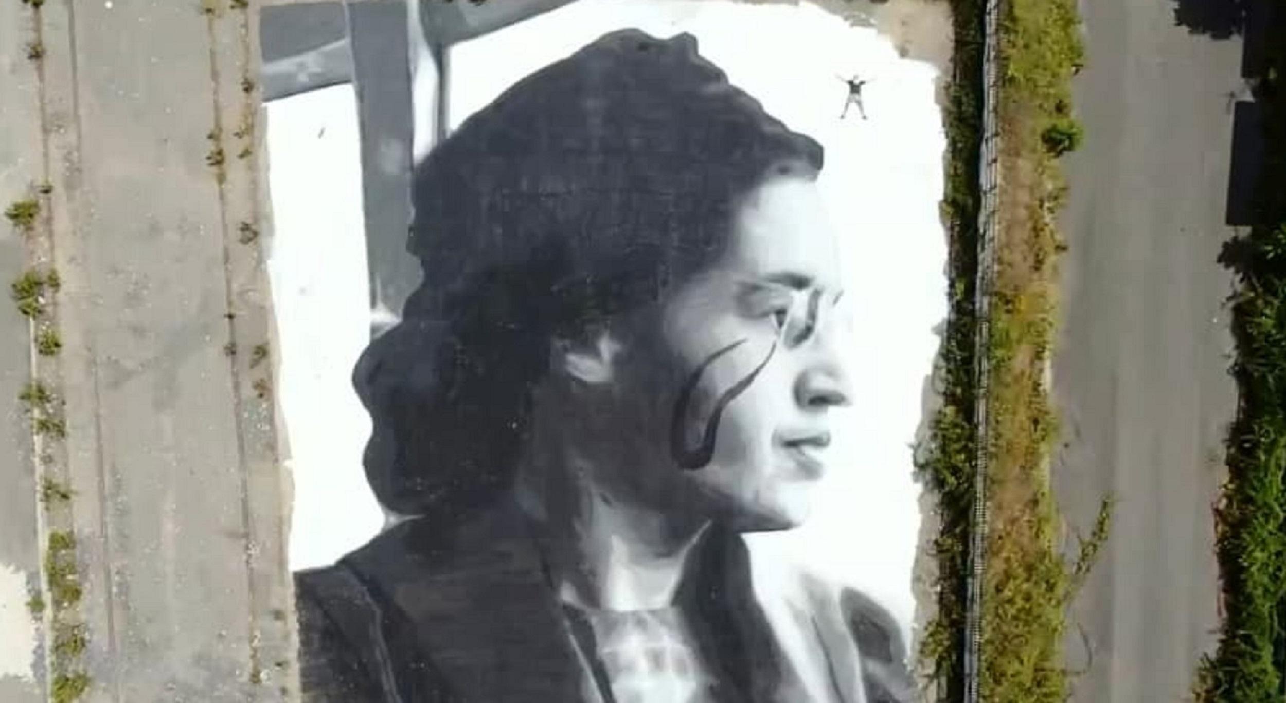 Jorit. A Napoli l'omaggio a Rosa Parks nel murale più grande di sempre