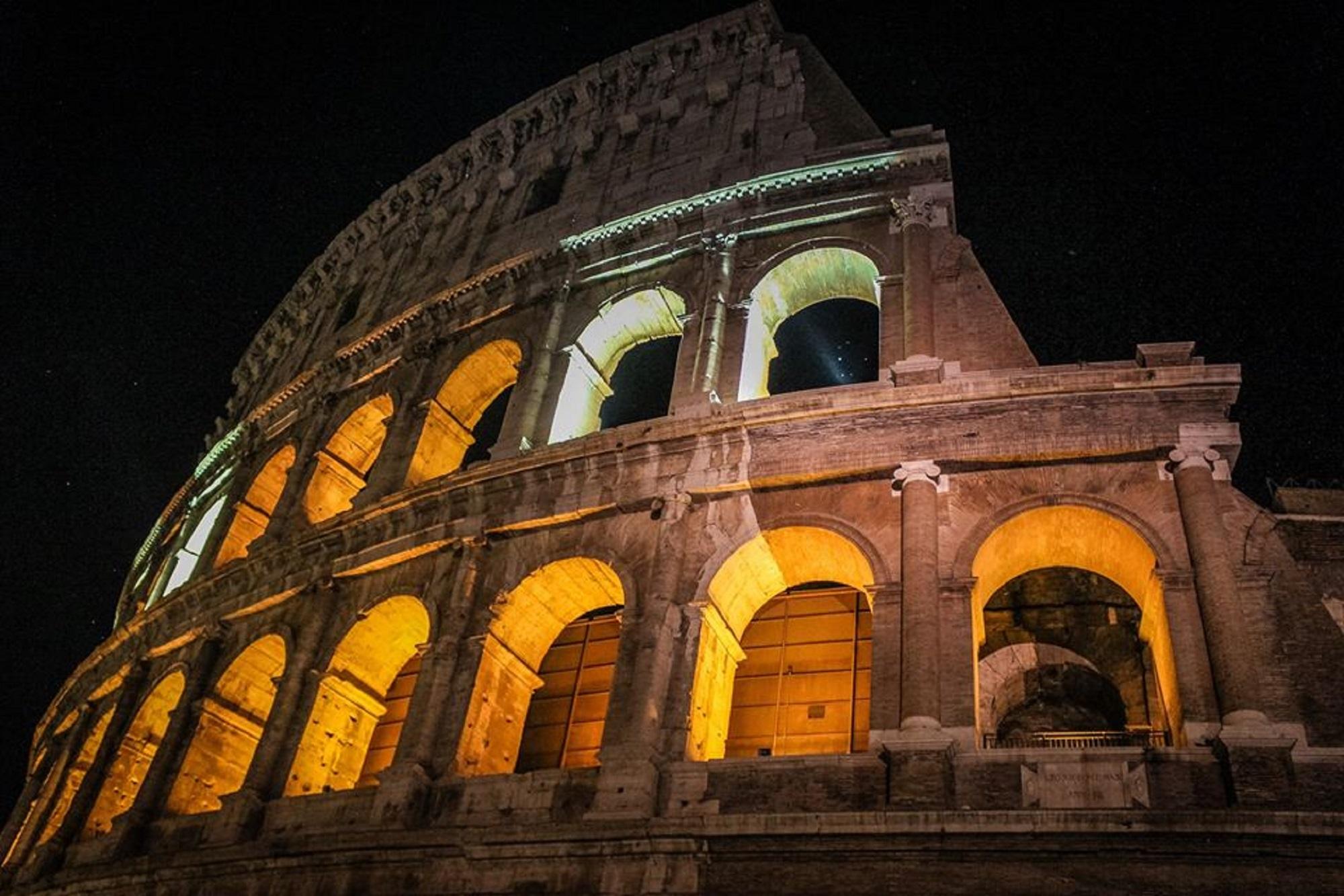 In estate a Roma l'arte si vive di notte! Dalla 24h della mostra di Raffaello al Colosseo