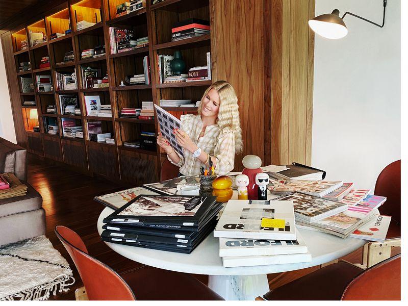 La top model Claudia Schiffer diventa curatrice per il museo di Dusseldorf
