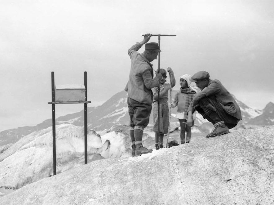 Tra fotografia e scienza. Il grido d'aiuto dei ghiacciai in una mostra dedicata al Monte Rosa