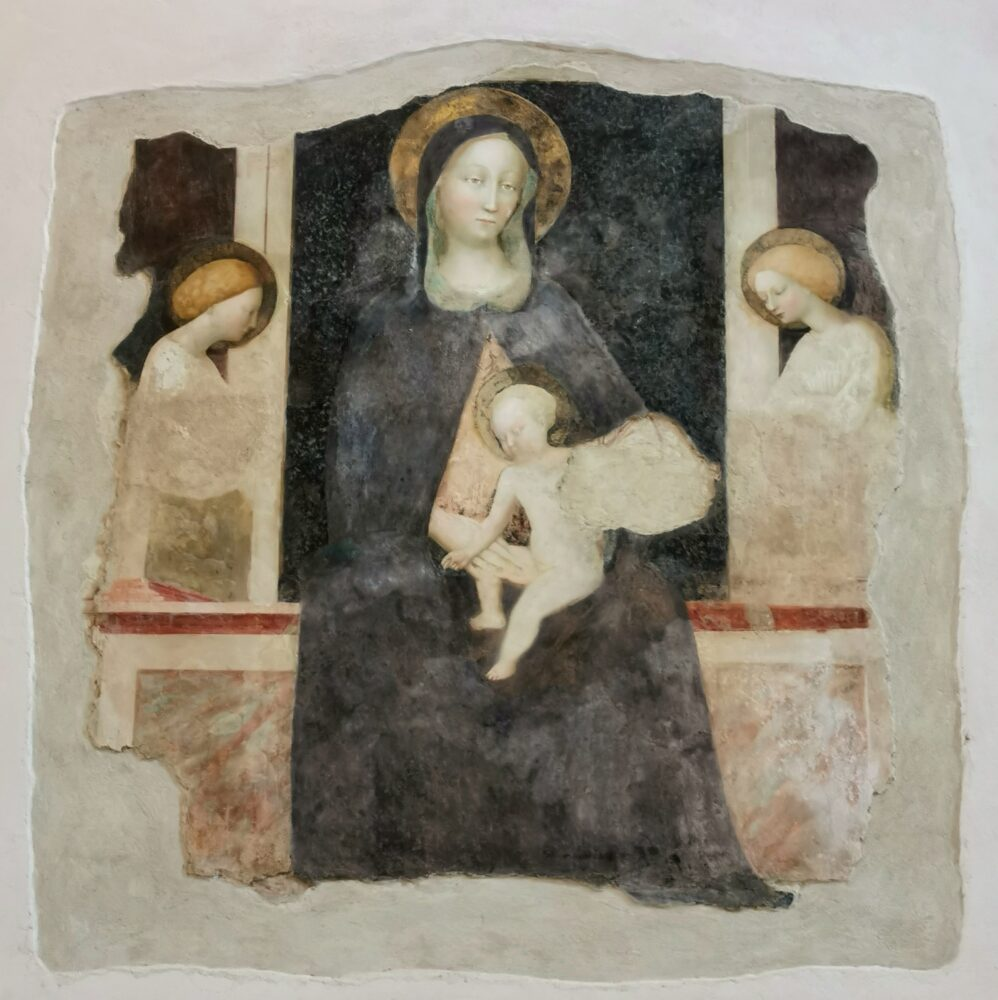 Masolino da Panicale, Madonna col Bambino e angeli, nel Tempio di San Fortunato a Todi