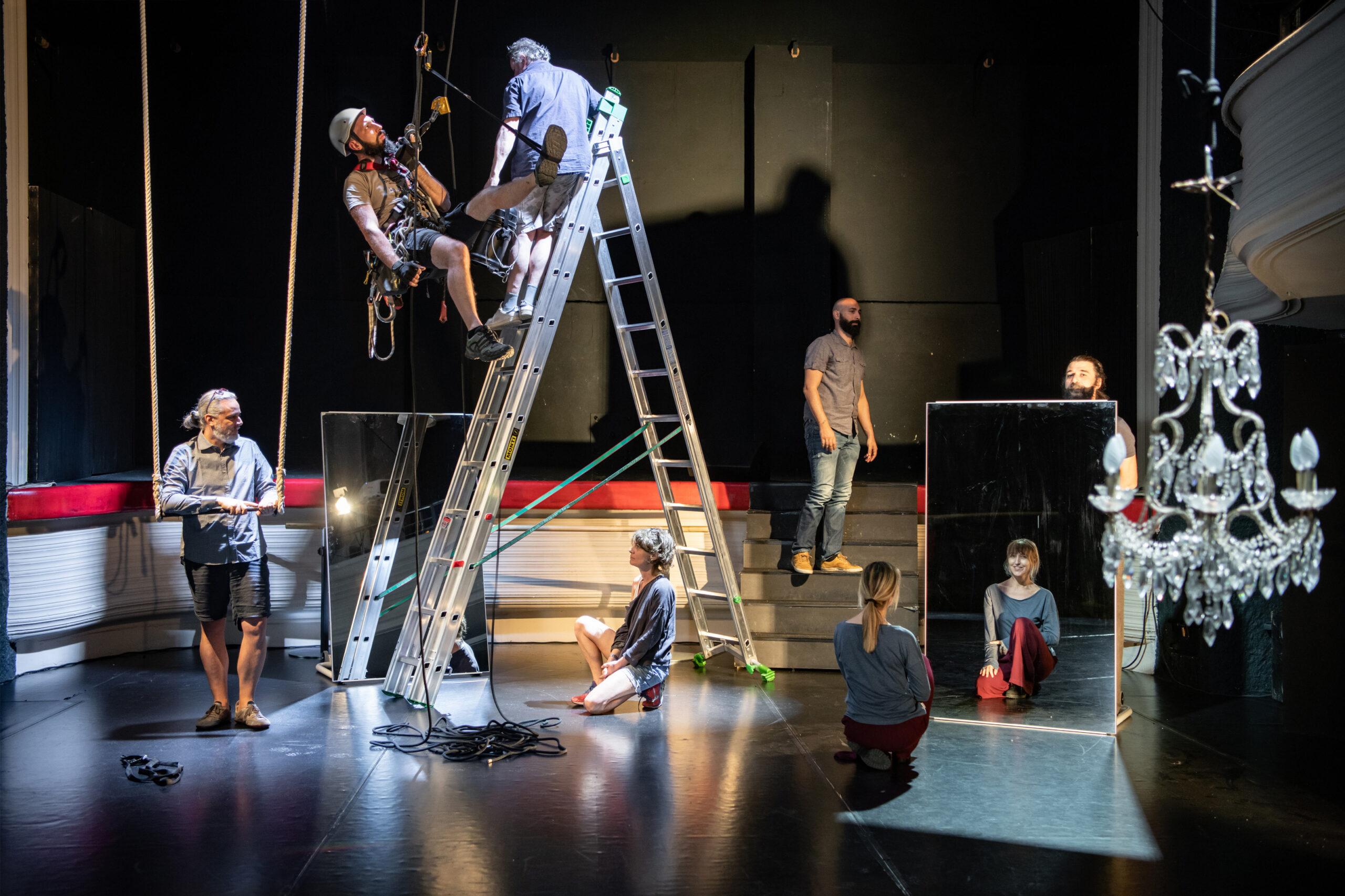 «Solo in teatro», un progetto di resistenza. Il dietro le quinte e gli spettacoli tutti online