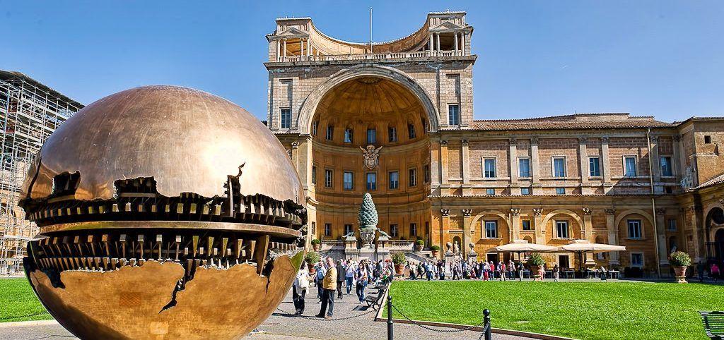 Il senso della Pigna. Le ragioni di un'opera diventata simbolo dei Musei Vaticani