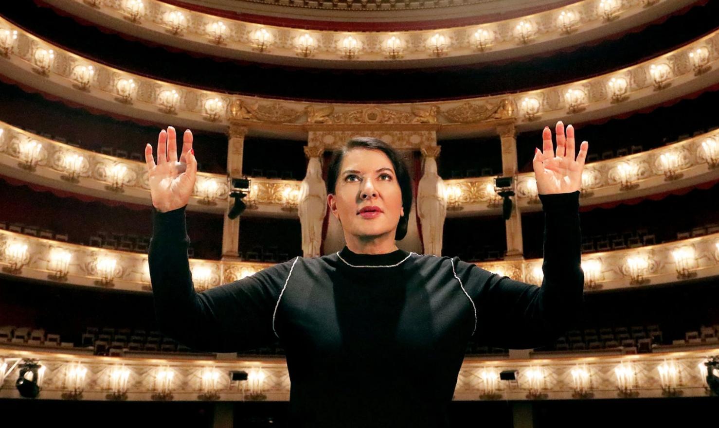 """Marina Abramovic sì, Puccini no. A Napoli """"7 Deaths of Maria Callas"""" rimpiazza la """"Bohème"""""""