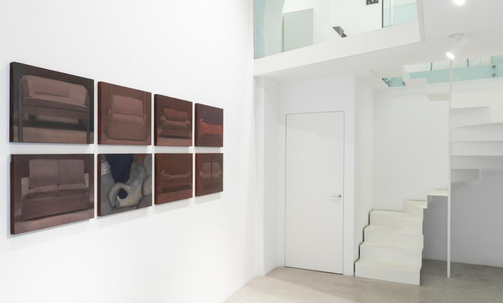 Veduta della mostra alla galleria MAAB di Milano
