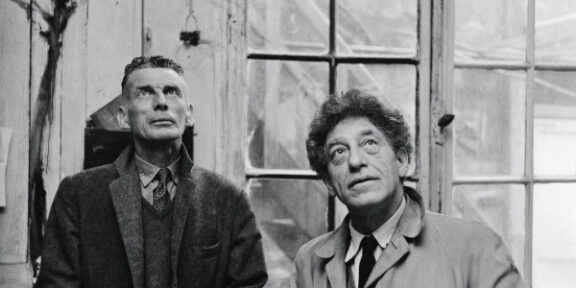 Samuel Beckett and Alberto Giacometti in the So- Called Phone Workshop 1961. Fondation Giacometti © Succession Alberto Giacometti (Fondation Giacometti +ADAGP) 2020